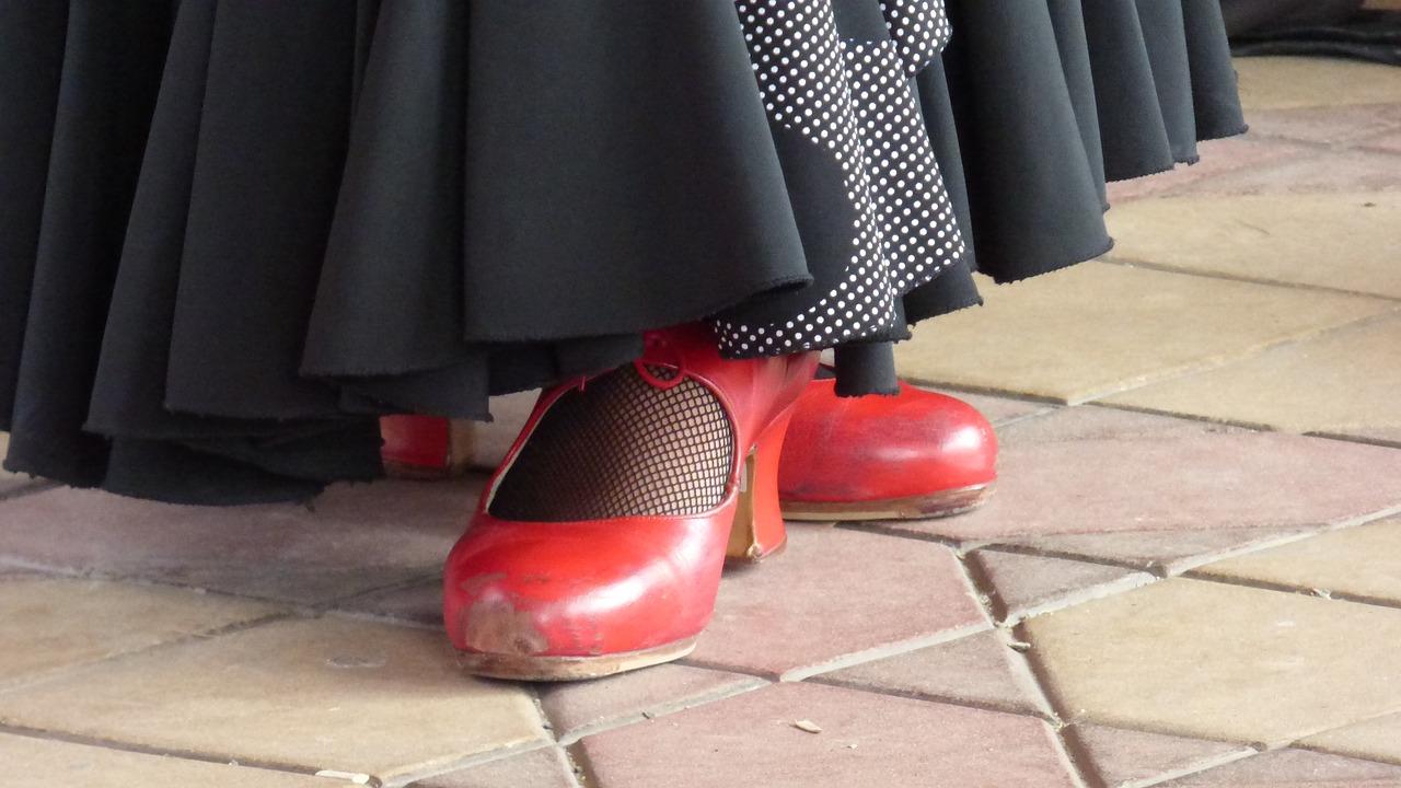 Initiation ludique au Flamenco et à l'espagnol (7 à 12 ans)